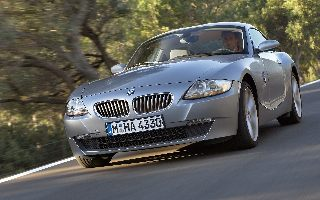 Download free BMW screensaver- BMW Z4 Coupe (2006)